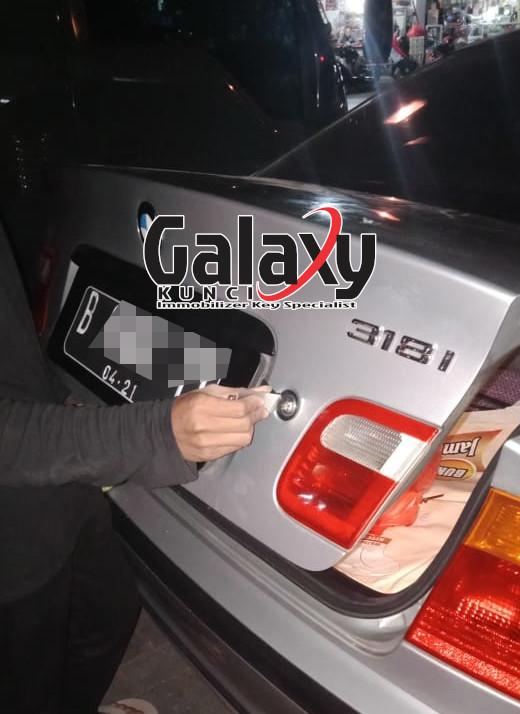 Jasa Buka Bagasi Mobil Terkunci BMW Jakarta